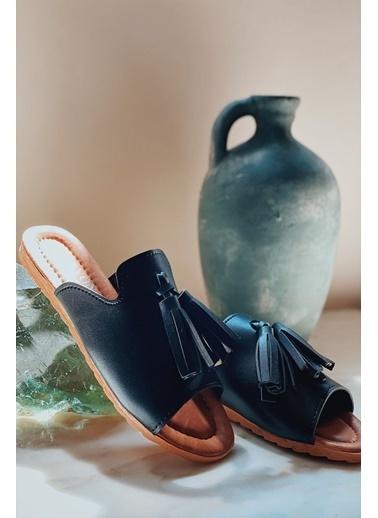 Arma Shoes Kadın Çift Püsküllü Ev Terliği Siyah